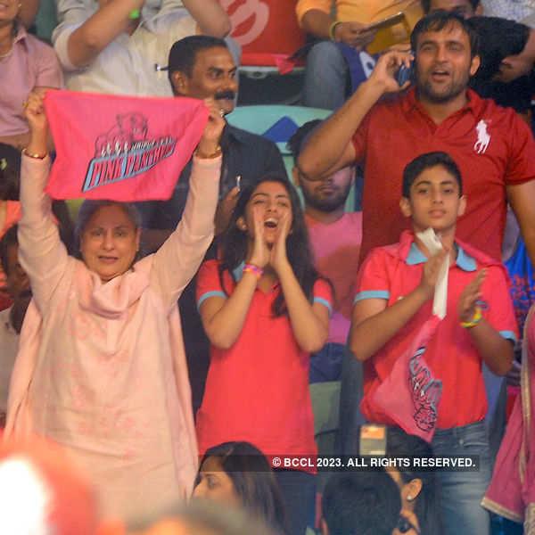 Kabaddi match: Jaipur vs Delhi