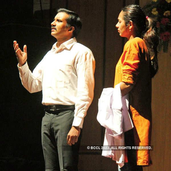 A play: Rag Virag