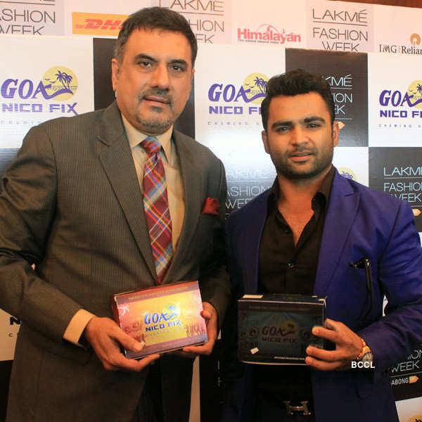 Sachiin, Boman promote Goa Nicofix