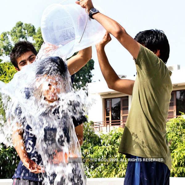 Ice Bucket Challenge goes viral