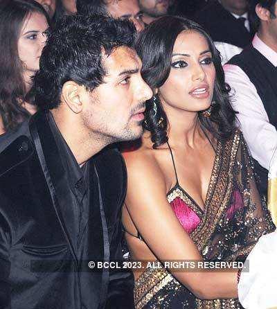 Filmfare '08: Hot couples