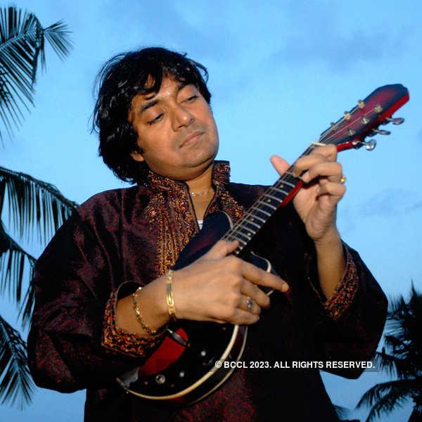 Musician Mandolin Srinivas passes away