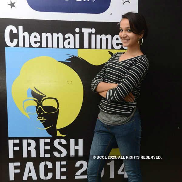 Clean & Clear Fresh Face 2014