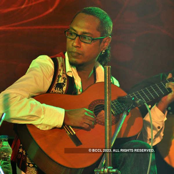 String festival in Kolkata