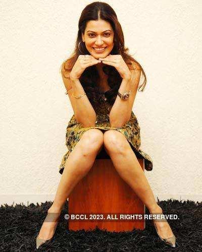 Smiling diva Payal