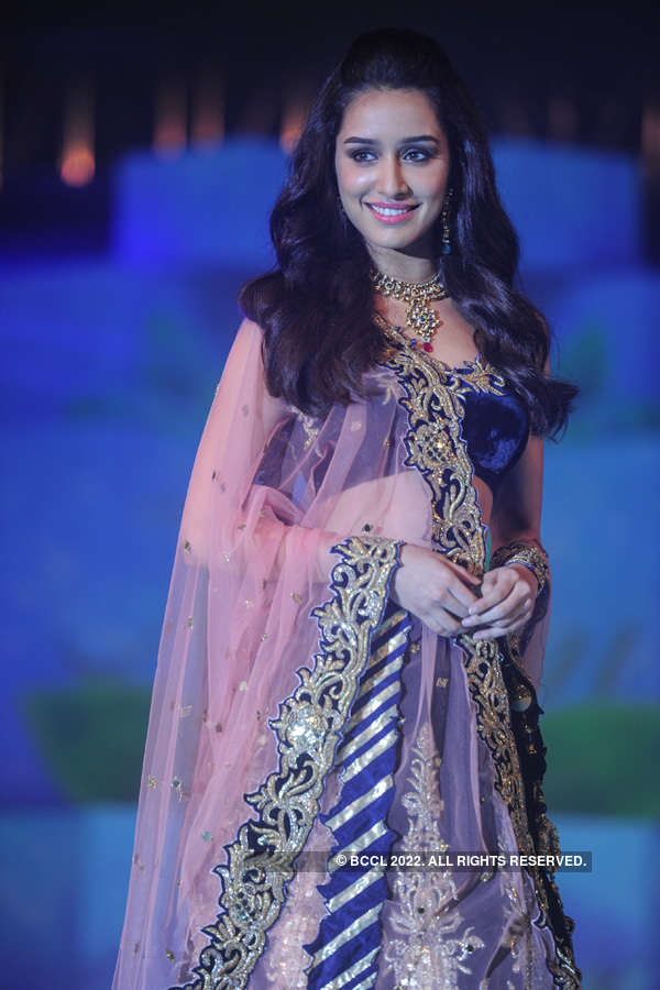 Gitanjali Fashion show for Nizam Jewels