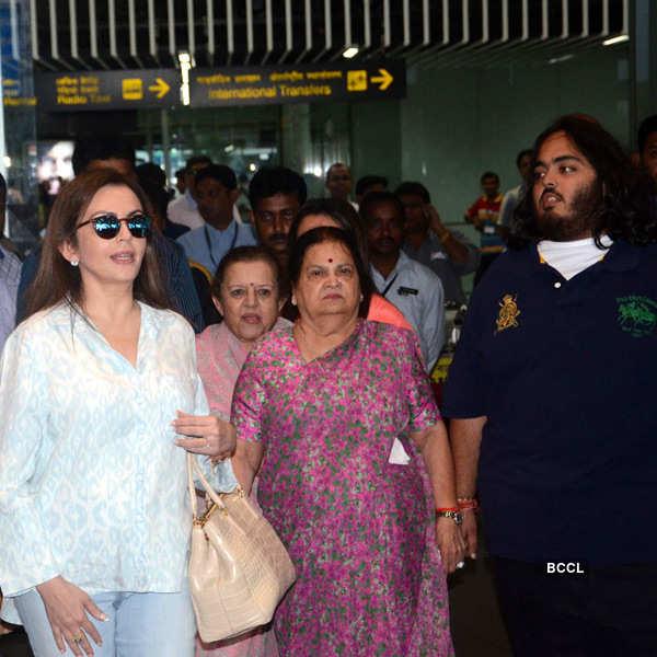 Nita Ambani in Kolkata for ISL inauguration