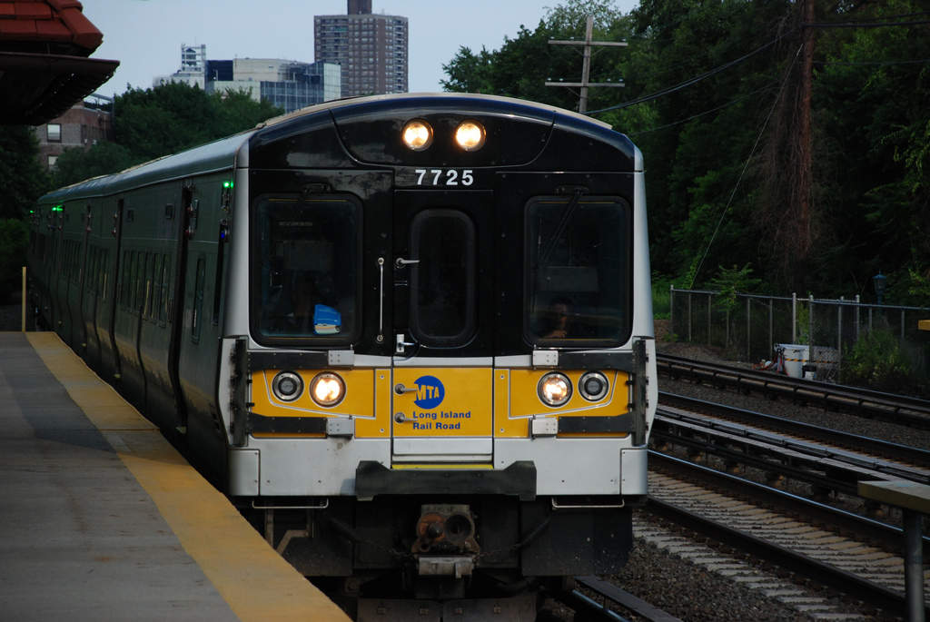 Long Island Railroad (LIRR)