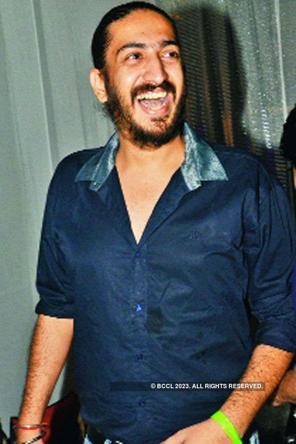 Delhi dances to Pakistani pop