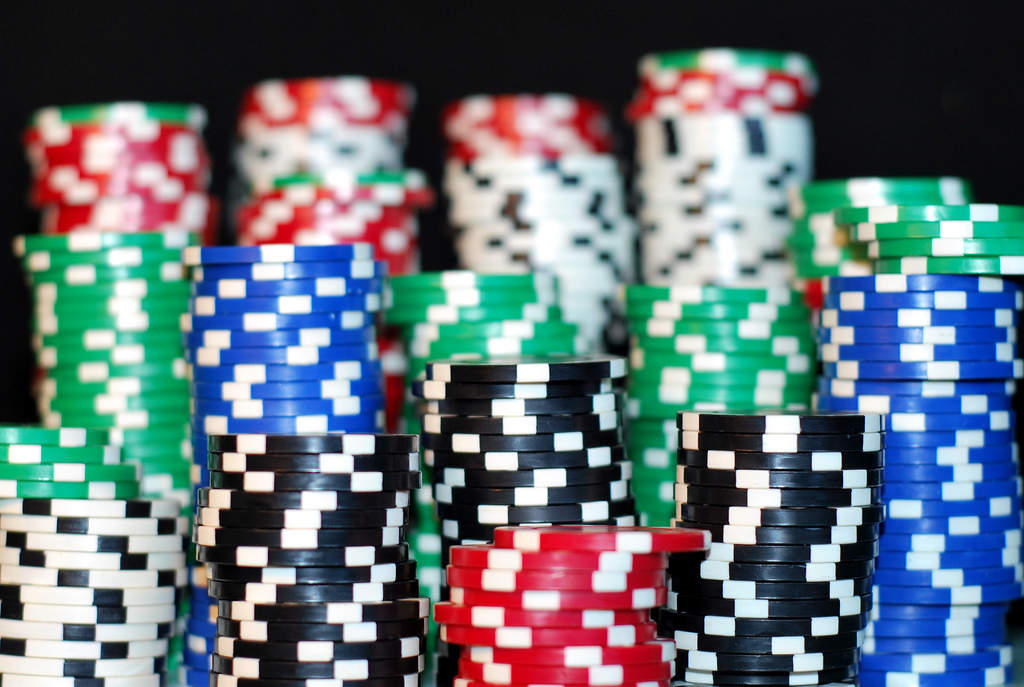 Online gambling that accepts discover