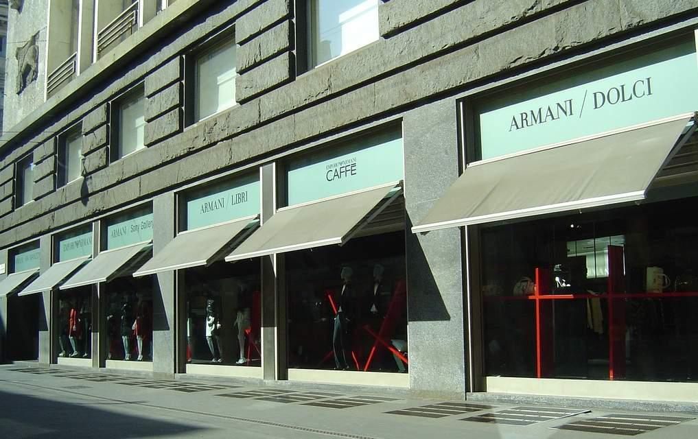 sale retailer 0716b 5d044 Armani/Via Manzoni 31 - Milan: Get the Detail of Armani/Via ...