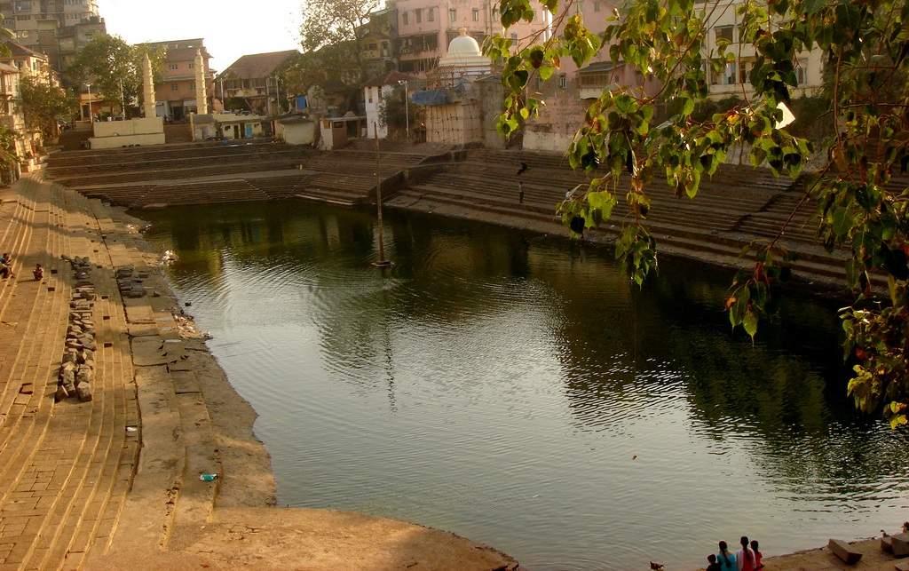 Banganga Tank and Walkeshwar Temples