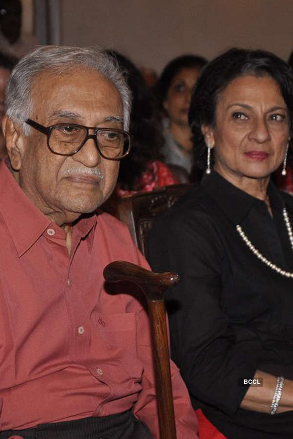 Tanuja @ Book launch
