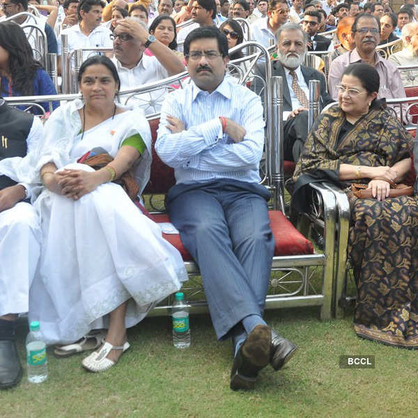 Celebs @ Maharashtra CM's swearing-in ceremony