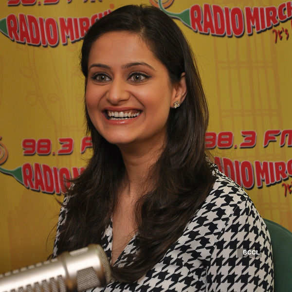 Super Nani promotions at Radio Mirchi