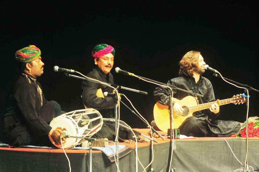 Shye Ben Tzur performs Hebrew qawwali