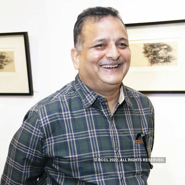 Ramkumar exhibits artworks