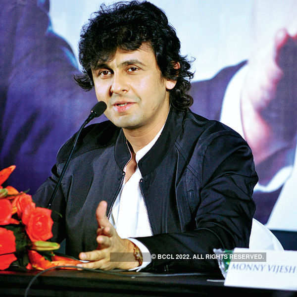 Sonu Nigam at an event