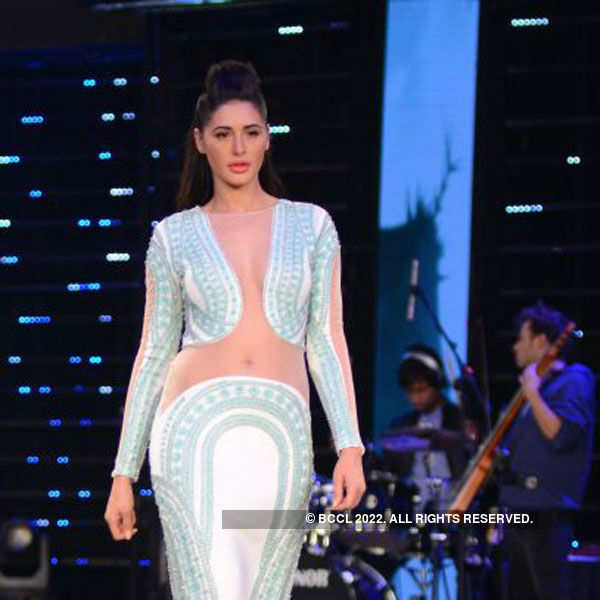 Couture queens rule the ramp