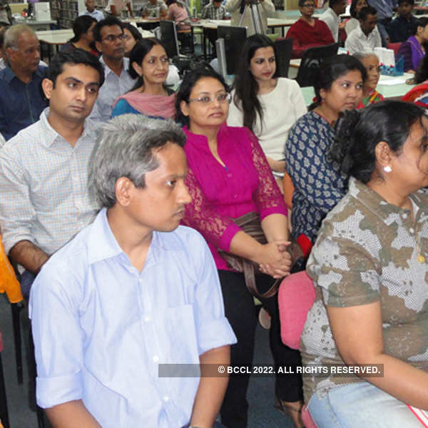 Amdavadis get together for a reading of Anupa Mehta's new book