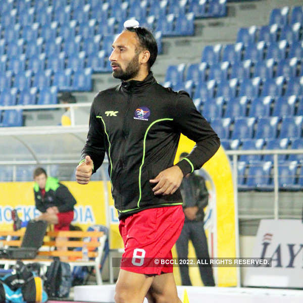Champions Trophy: Sardar Singh sits out practice with niggle