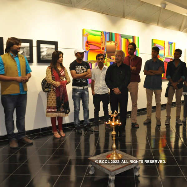 Painting exhibition in the city