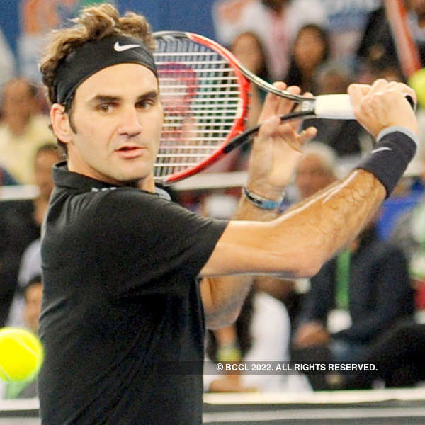 IPTL: Federer takes Indian Aces past Singapore Slammers