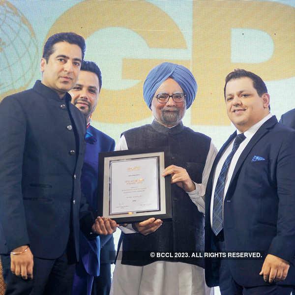 Award ceremony in the city