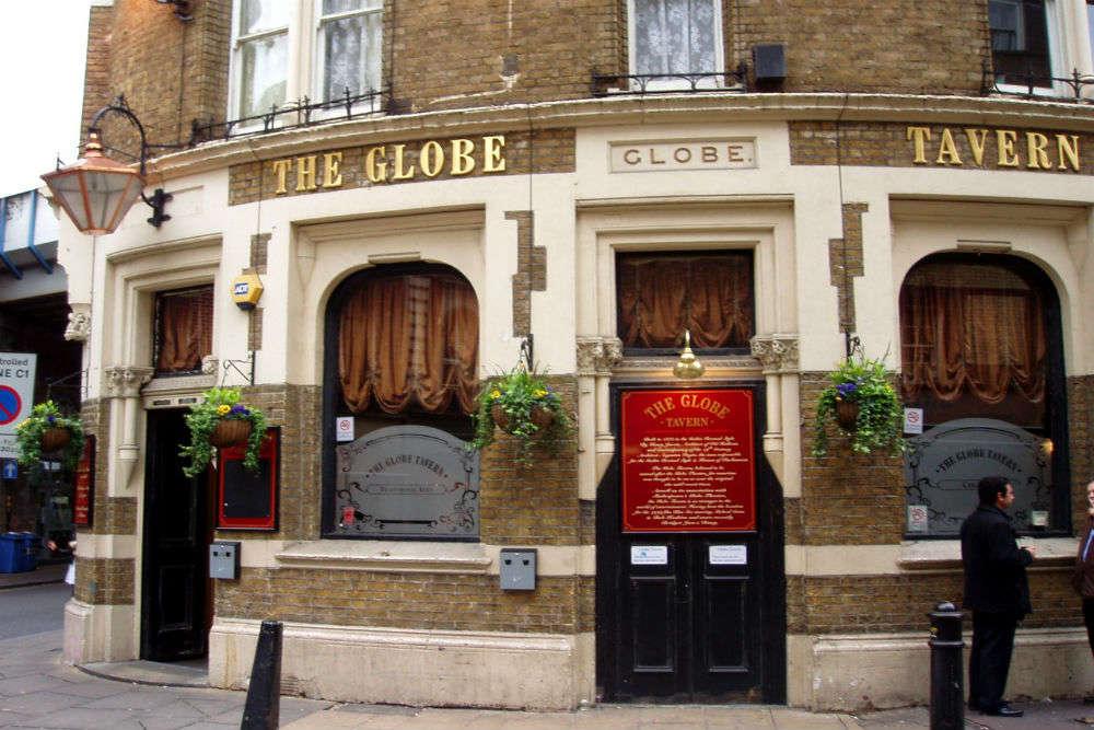 Bridget Jones' apartment in Globe pub