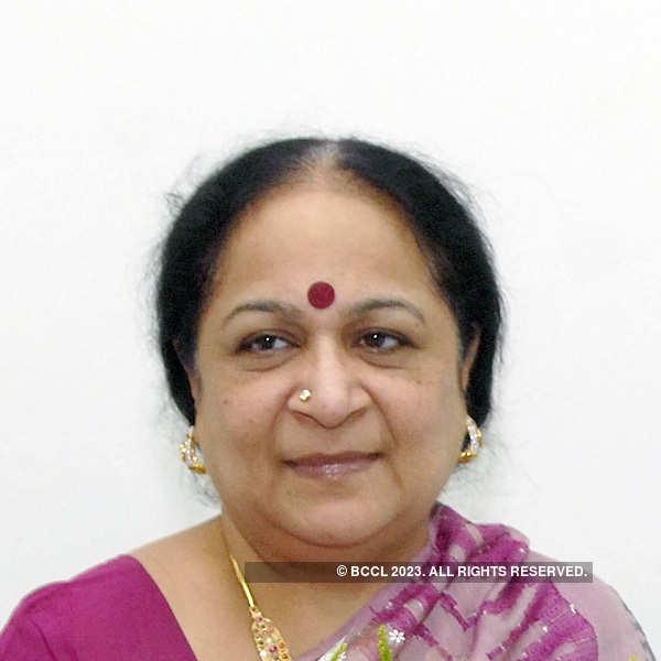 Jayanthi Natarajan quits Congress