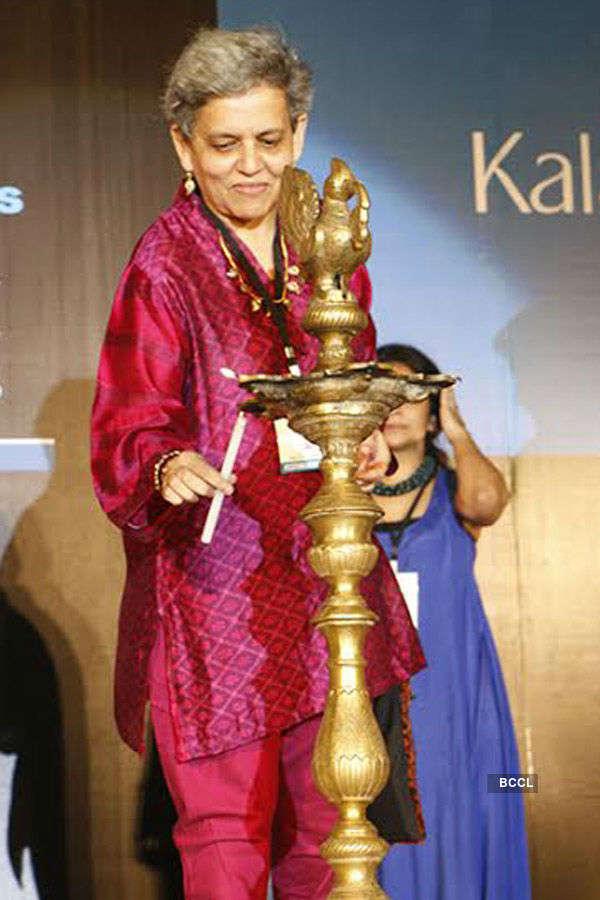 Abhishek inaugurates Kala Ghoda Arts Festival