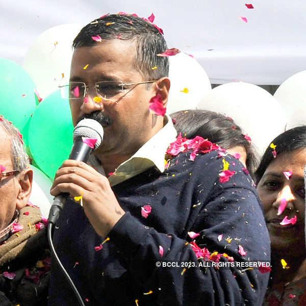 Kejriwal meets PM Modi