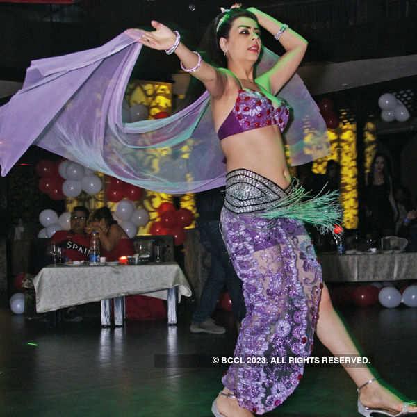 V-Day party at Rrala's Habibi