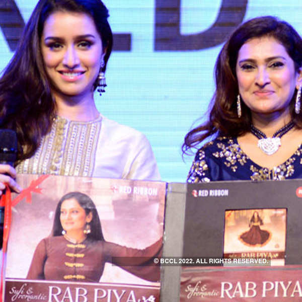 Shraddha Kapoor launches the new album of Lalitya Munshaw