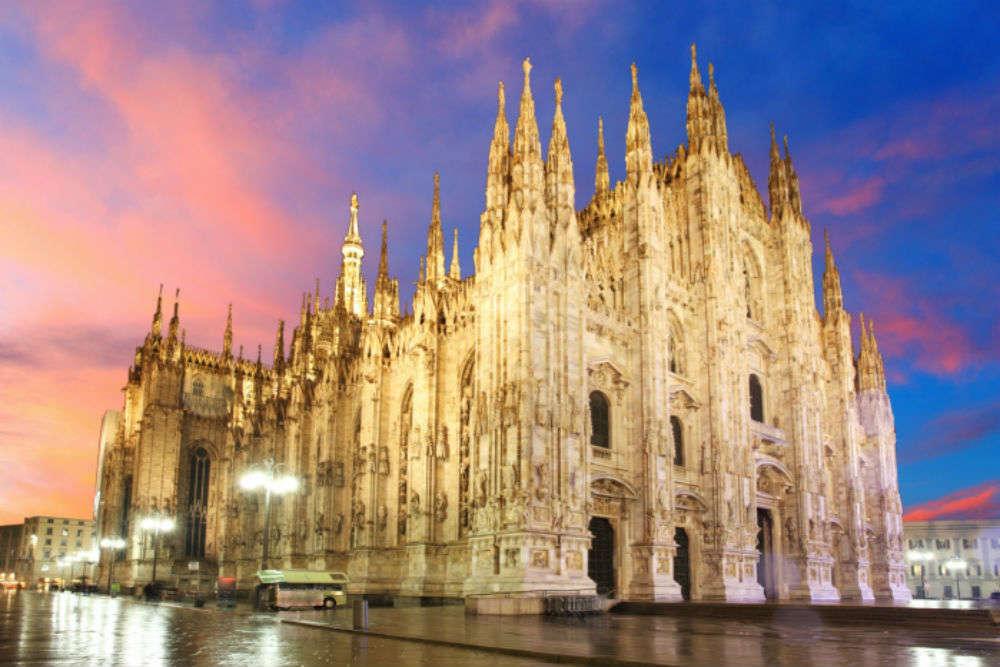 Piazza Del Duomo Milan Times Of India Travel