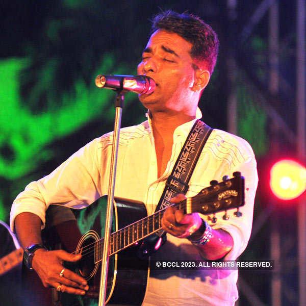 Anidya Bose Performs At Bangla Sangeet Mela 2015