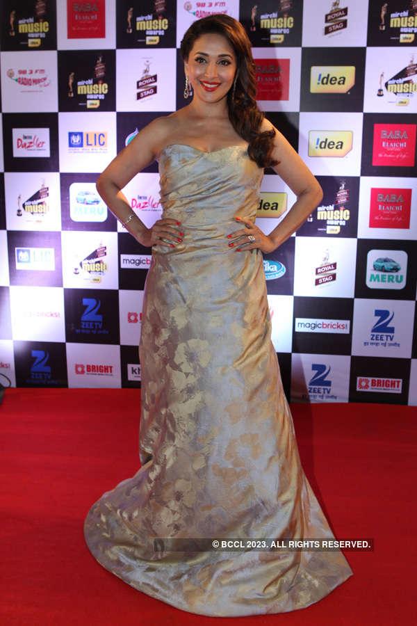 Mirchi Awards '15 - Red Carpet