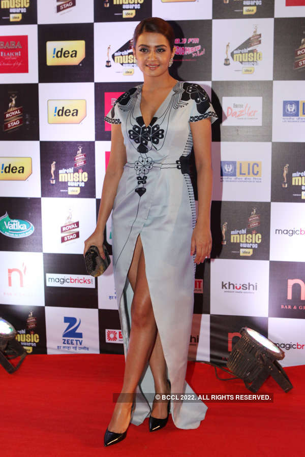 Mirchi Awards '15 – Divas in Gowns