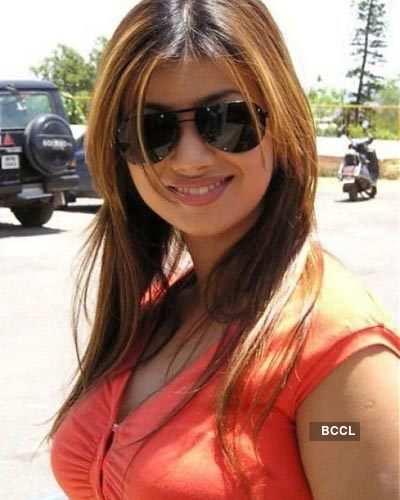 Shaddy lass: Ayesha