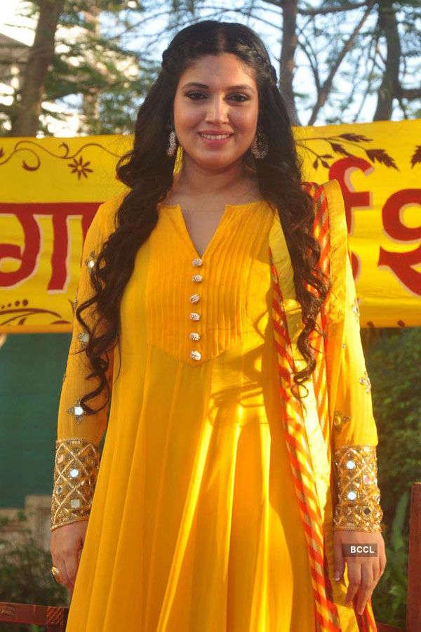Ayushmann, Bhumi @ Holi celebrations