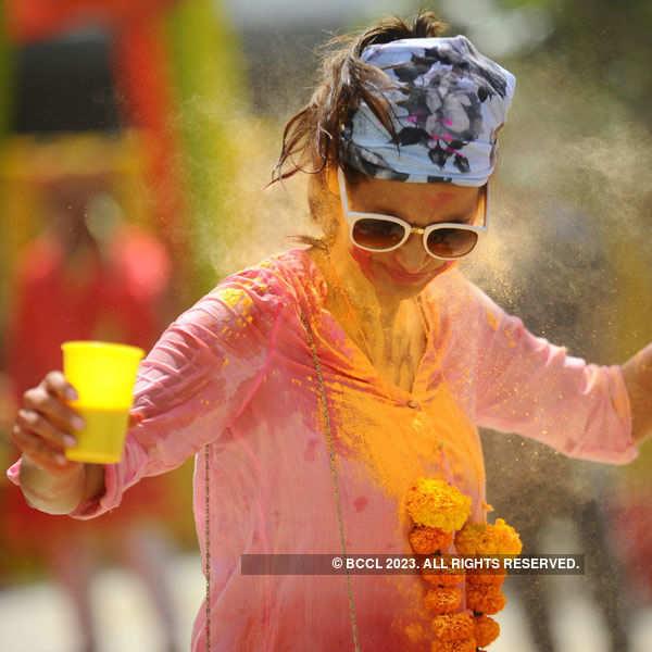 Vineet Jain's Holi Party '15 - Candid Pics