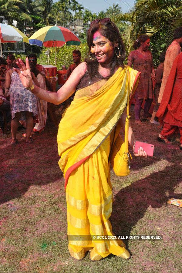 Kolkata TV's Holi party