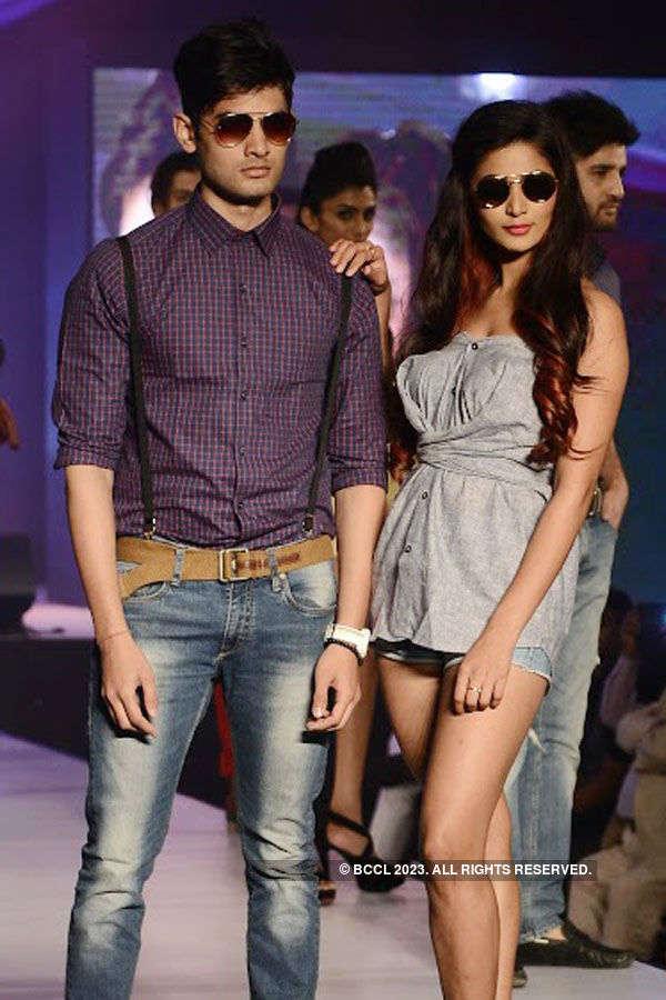 Jayam Ravi, Prachi Desai @ a fashion event