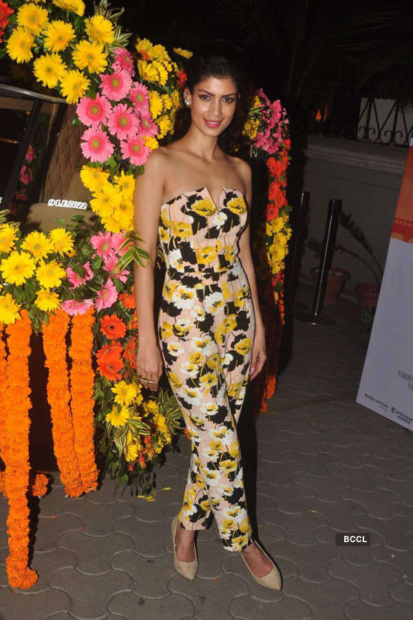 The Second Best Exotic Marigold Hotel: Screening