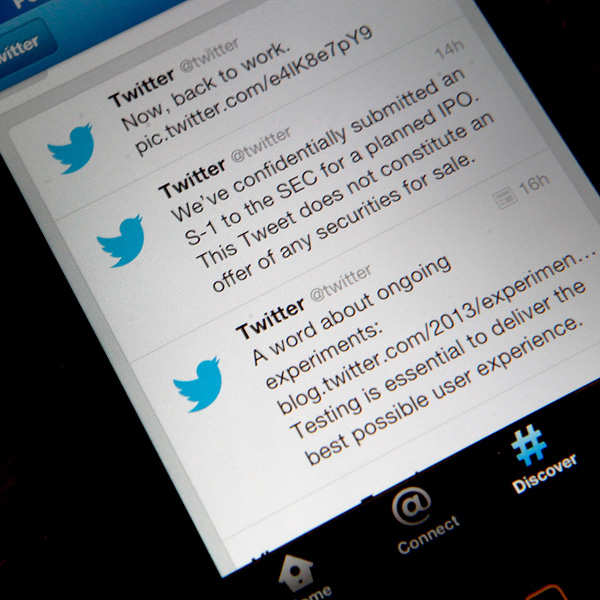 Twitter buys video streaming app Periscope