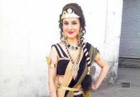 Roop Durgapal turns into a snake-woman