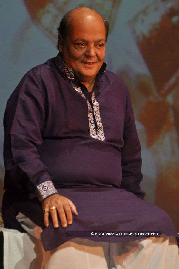 A tribute to Pandit Chiresh Das