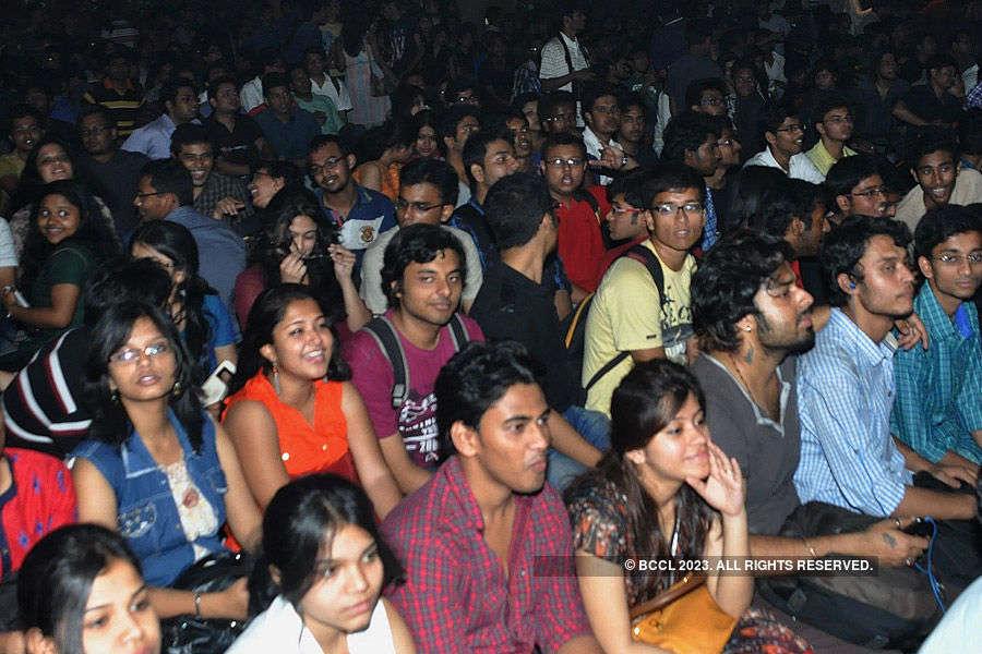 Parikrama performs @ Jadavpur University