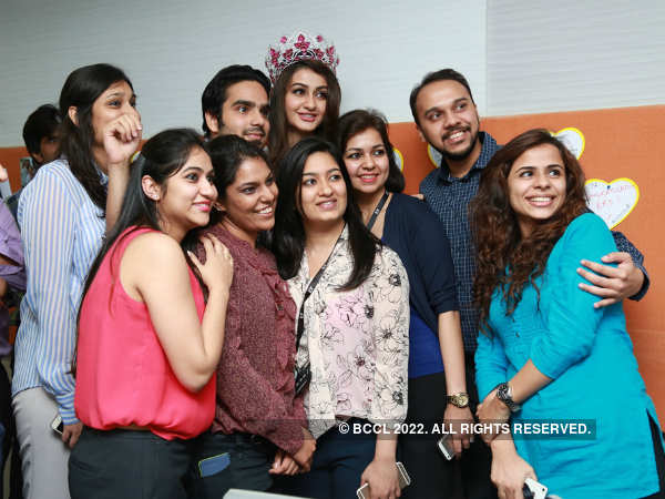 Ernst and Young! Miss India World Aditi visits her office