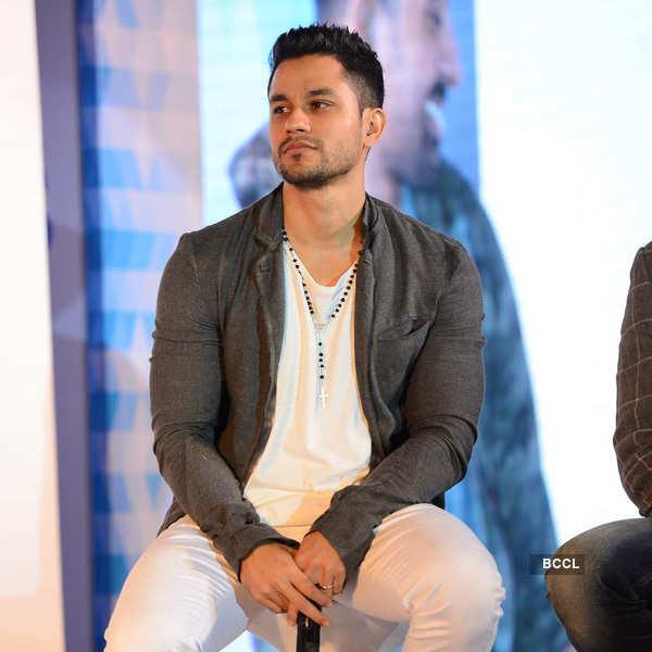 Soha, Kunal at a TV launch
